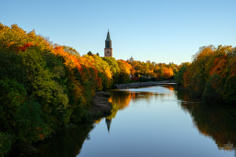 Turku Cathedral photographed from Tuomaansilta.